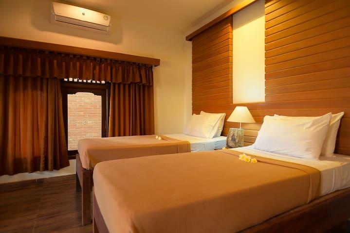 Deluxe Twin Bed Room @Ina Inn Ubud