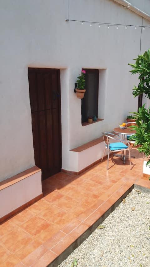 Cosy apartment A in traditional orange farmhouse