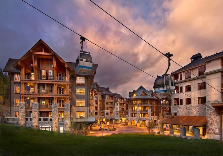 2BR Luxury Ski-In/Ski-Out Northstar Resort Villa
