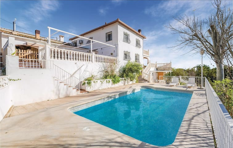 Holiday cottage with 5 bedrooms on 144m² in Callosa d'En Sarrià