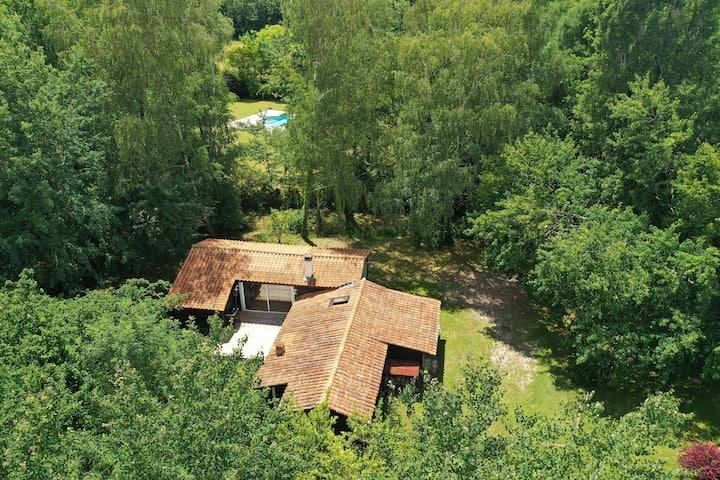 Charmante maison en bois