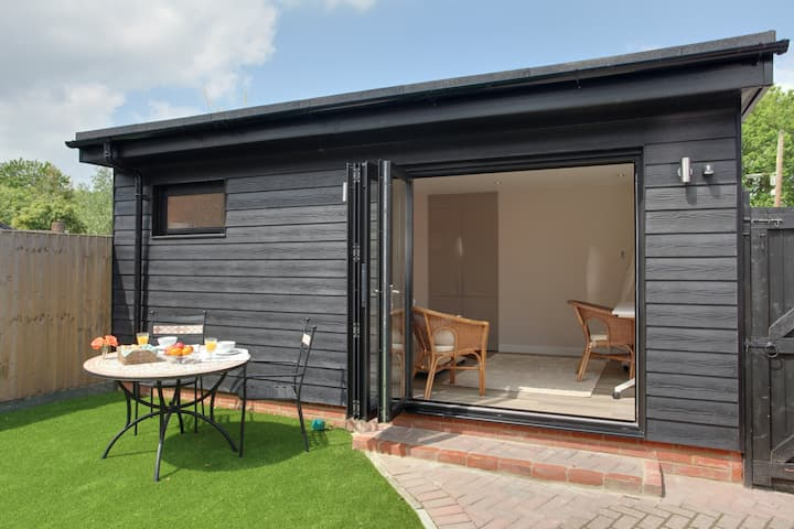 Annexe in Felsted, close to Stansted