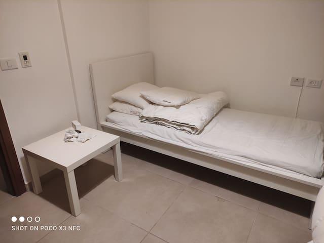 חדר שינה עם מיטה אחת Bedroom with one bed