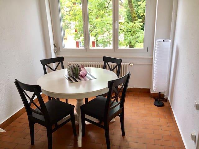 Esszimmer / Dinning room