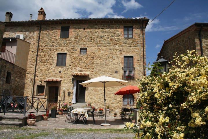 Prachtig appartement in Toscane met zwembad