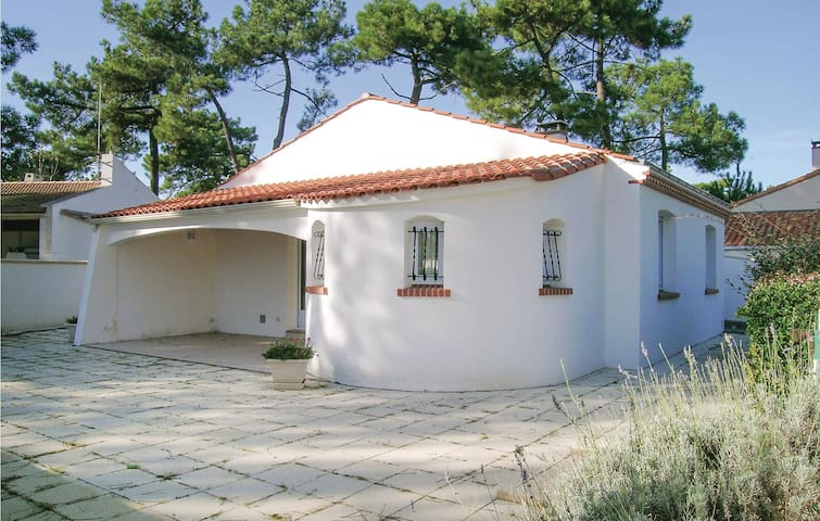Holiday cottage with 3 bedrooms on 85m² in La Tranche sur Mer