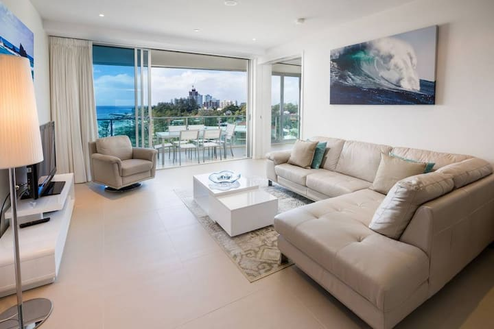 2 Bedroom Apartment with Oceanview