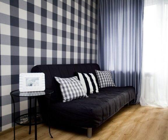 Charming newfashioned apartment - Staryy Oskol - Apartamento