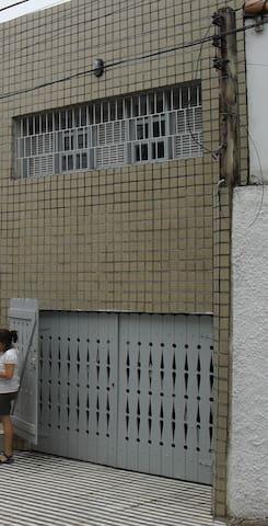 Quarto individual em ótima localização Cidade Alta - Natal - House