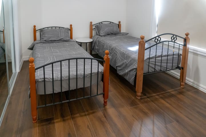 Bedroom No 4 : 2 single beds with walk in robe
