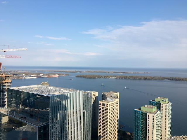 Lakeview 1 Bdrm + Den Downtown Core - Toronto - Apartament