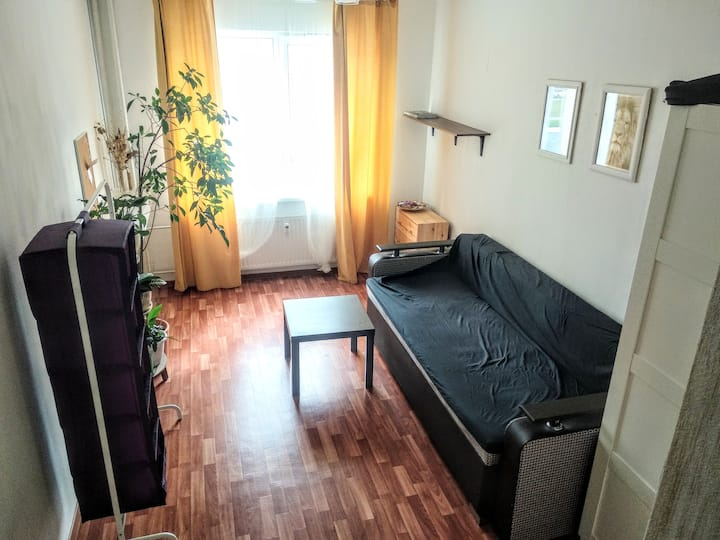 Уютная квартира студия возле метро Пролетарская!