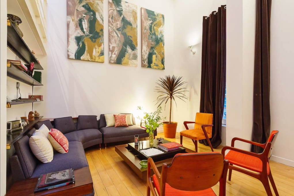 The top-notch location, decoration, amenities, and confort of the place will guarantee a great stay in Mexico City.