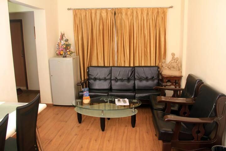 Comfortable 1-Bedroom Apartment in Powai