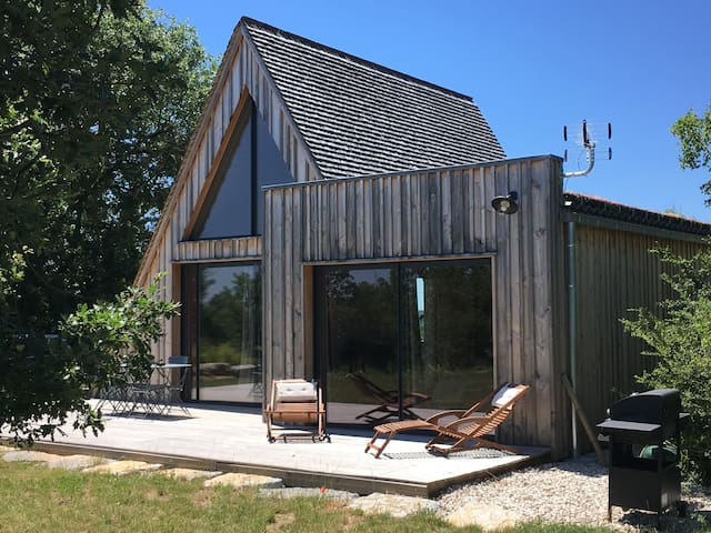 Trigone Wooden Lodge & shared pool, South France
