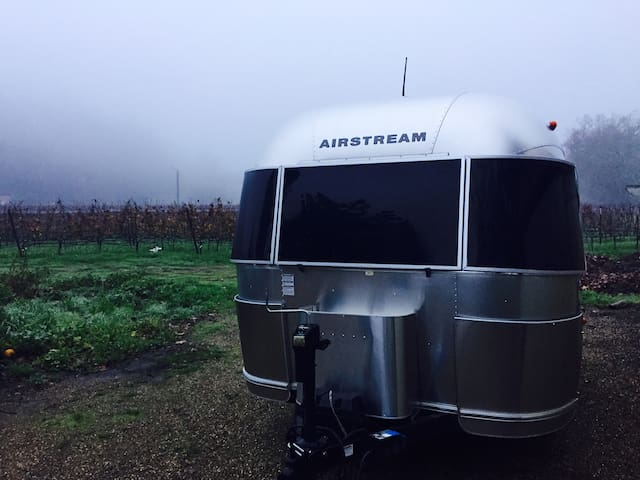 Airstream(s) in wine country! - Calistoga - Asuntoauto