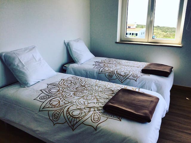 Twin Room @ Arrifana Surf Camp