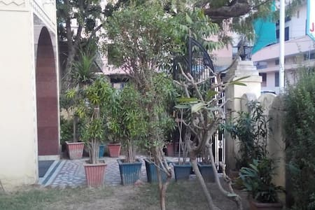 Big Room with Wifi and open Balcony - Jaipur