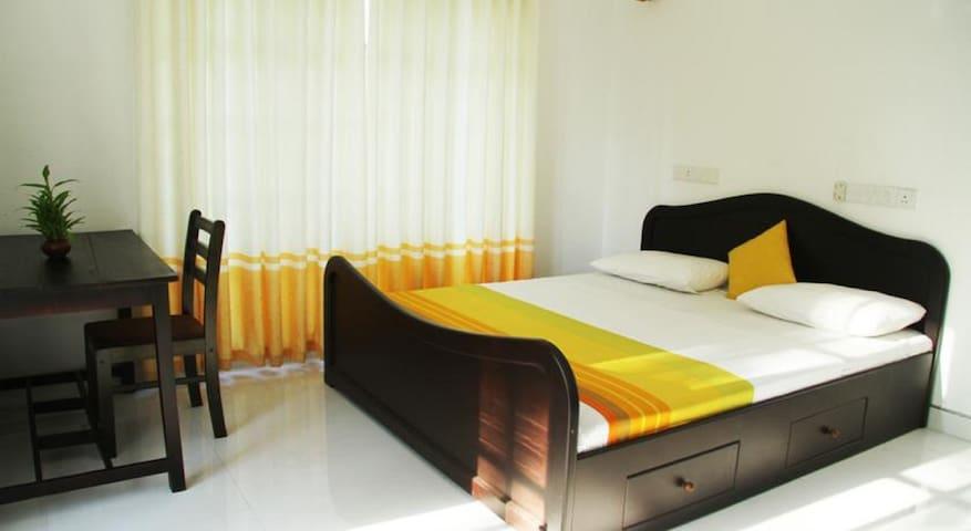 Vista Room Cemetary Road 2 - Negombo - Apartament