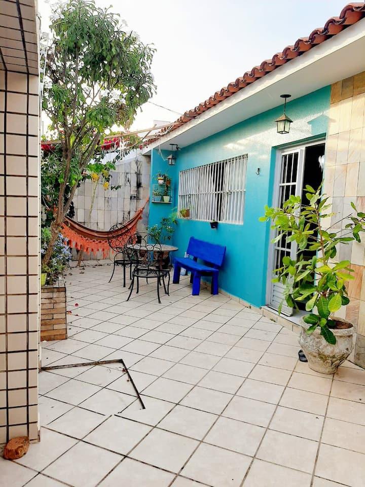 Casa blue: acolhedora e perto da praia da Jatiúca
