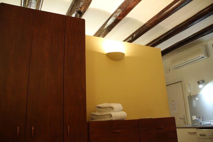Apartment Ramblas/Plaza Catalunya - Wi-Fi 100 Mbps