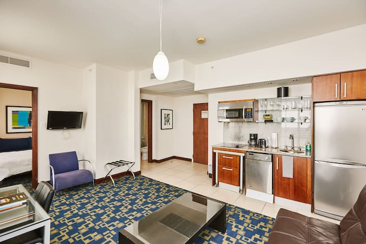 Congress Hotel Luxury Suite