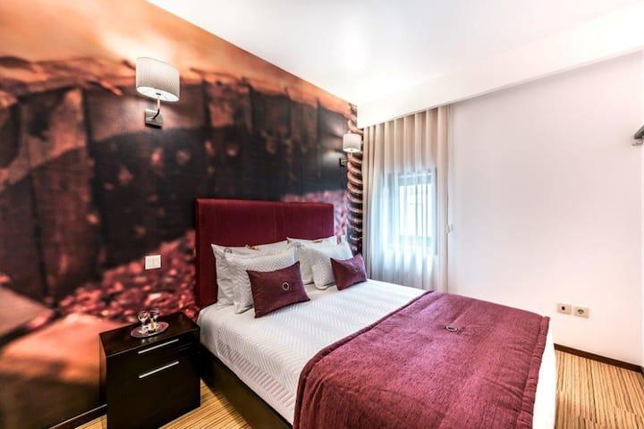 Lounge Inn Guest House