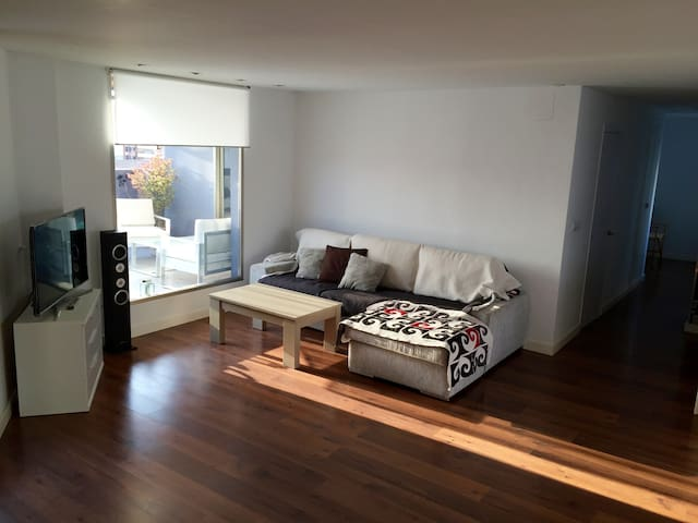 Attic flat with terrace and wonderful wiew - València - Loft