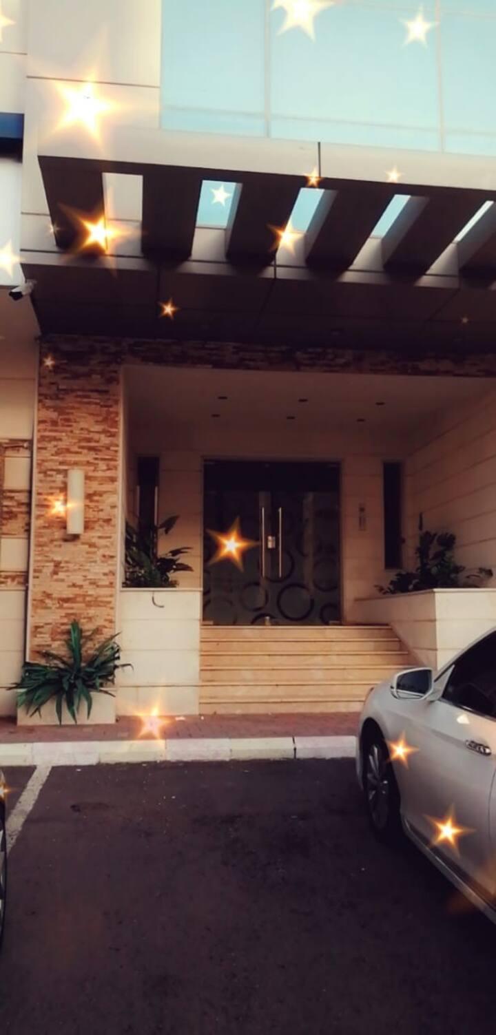 شقة فندقية فاخرة  قريبة من المسجد النبوي 2 غرف نوم