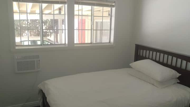 Hacienda Heights room at home 哈崗單間房間