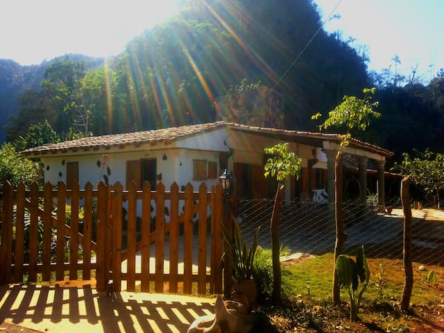 MogoteArte. Mountain Retreat in National Park. 2 - Viñales - House