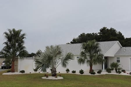 645120 - Jubilee Court 3490 - The Villages