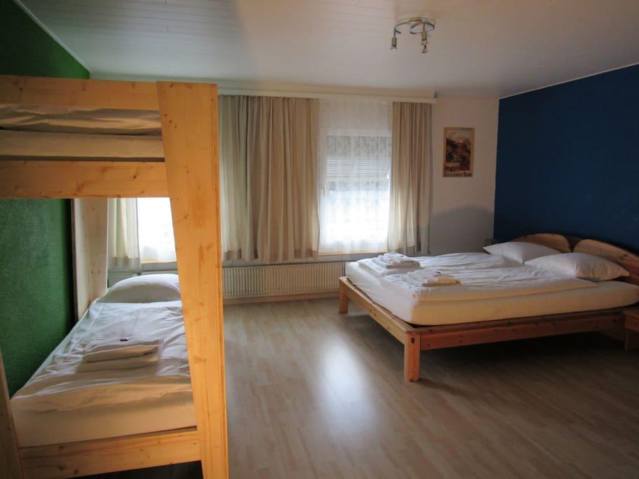 Bedroom for 4 guest