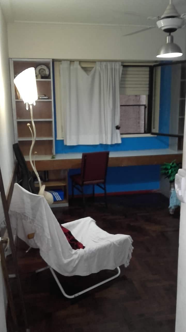 Habitación en departamento céntrico  en Rosario