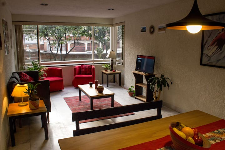 Cool apartment in the best location (next to Roma)