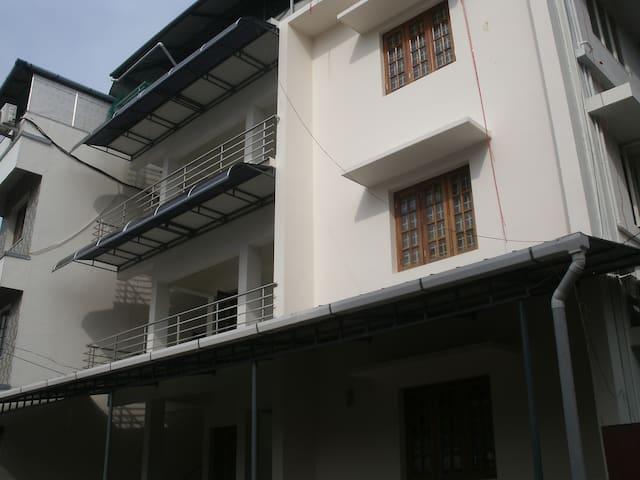 jacaranda appartment