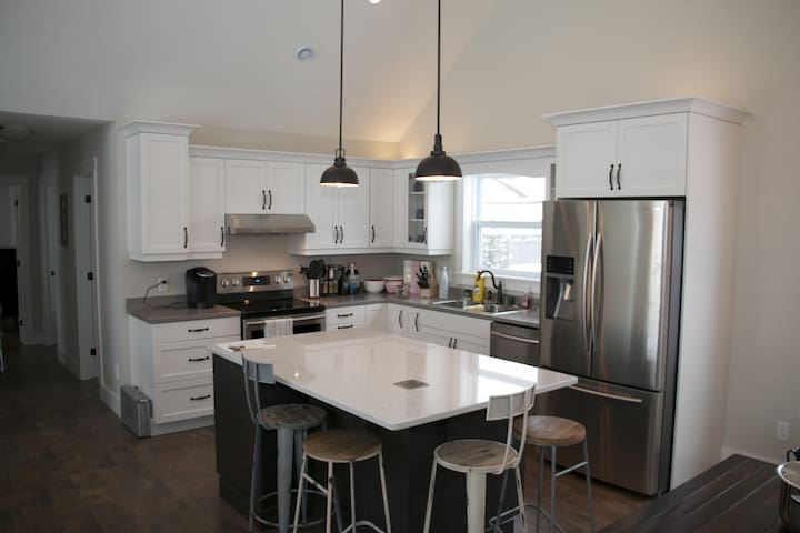 Beautiful Parlee Beach Cottage - Shediac