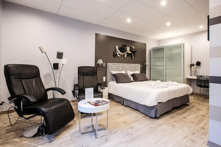 Bethune City Relax chambre SERENITE - Béthune - Bed & Breakfast