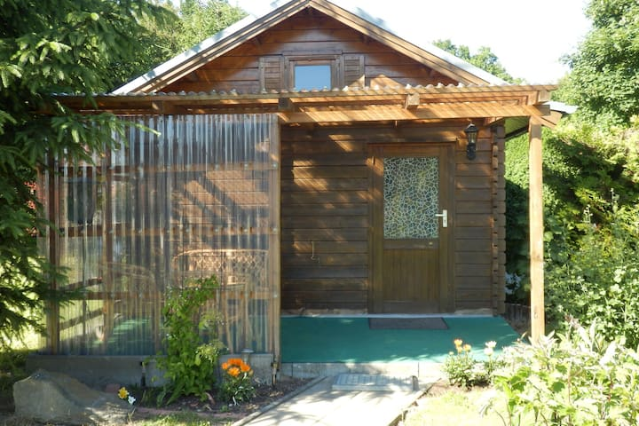 Cosy two-room log cabin in Stralsund