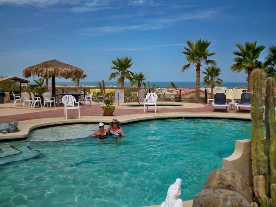 Playa De Oro San Felipe  Casa Bonita guest pool