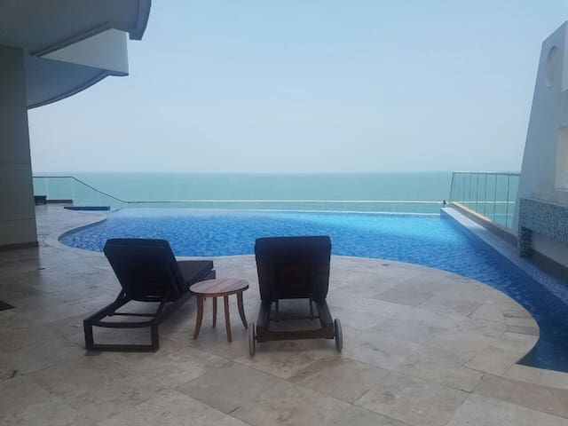 "Beautiful beachfront apartment ""Palmetto Eliptic"" - Cartagena - Apartamento"