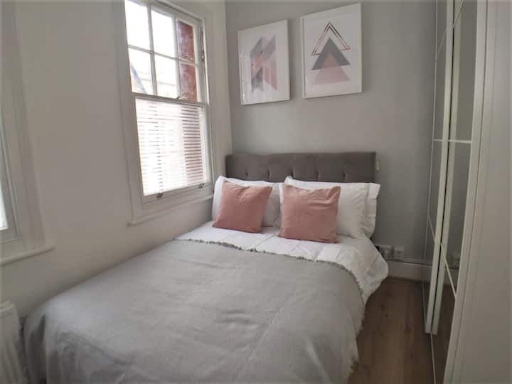 ✪AMAZING COSY FLAT✪Pink✪ CENTRAL LONDON➔ ZONE 2