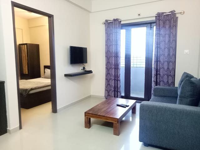 Compact 1bhk-WiFi-Tranquil Serviced Apartments