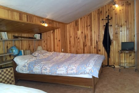 Private room with B&B - Montigny-en-Ostrevent - 独立屋