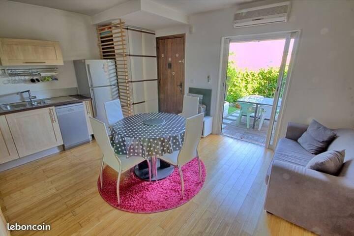 Appartement-maison 2 pièces vue montagne