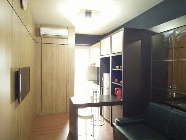 Wifi+HotShower+3min to Seaview Mall - North Jakarta  - Appartement