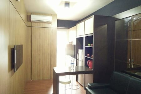 Wifi+HotShower+3min to Seaview Mall - North Jakarta
