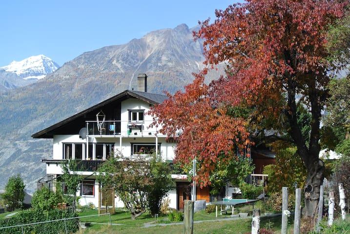 Haus Fortuna -  Ruhig Lage  Abseits vom Verkehr - Bürchen - Appartement