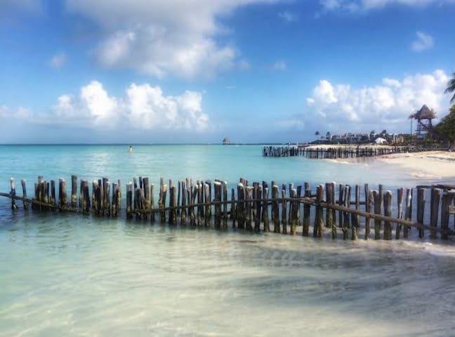 Comoda, frente al Mar con desayuno en Isla Mujeres