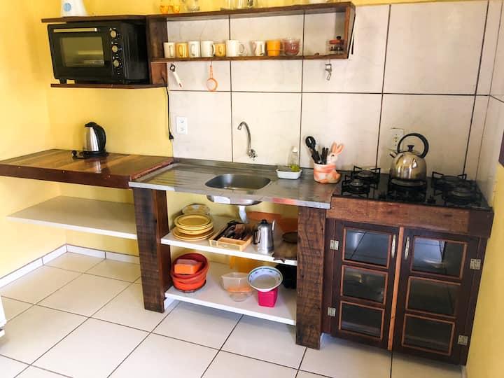Ap.4  • Quartos, Sala, Cozinha 2banheiros